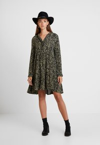 Superdry - SCANDI DRESS - Shirt dress - green - 2