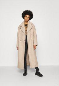 NA-KD - MAXI COAT - Classic coat - light beige - 1