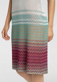 Apart - Vapaa-ajan mekko - puder-multicolor - 4
