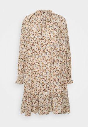 YASROLEA DRESS - Kjole - sand dollar