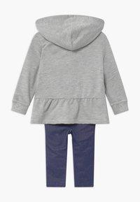 Levi's® - PEPLUM HOODIE SET - Hoodie - mottled grey/dark blue - 1