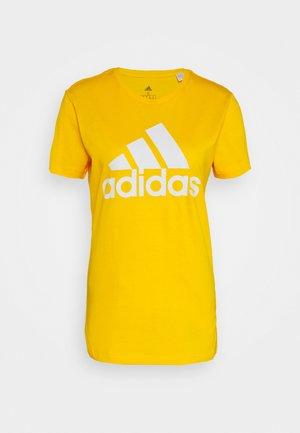 BOS TEE - T-shirt med print - gold