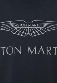 Hackett Aston Martin Racing - LOGO TEE - Camiseta estampada - navy - 2
