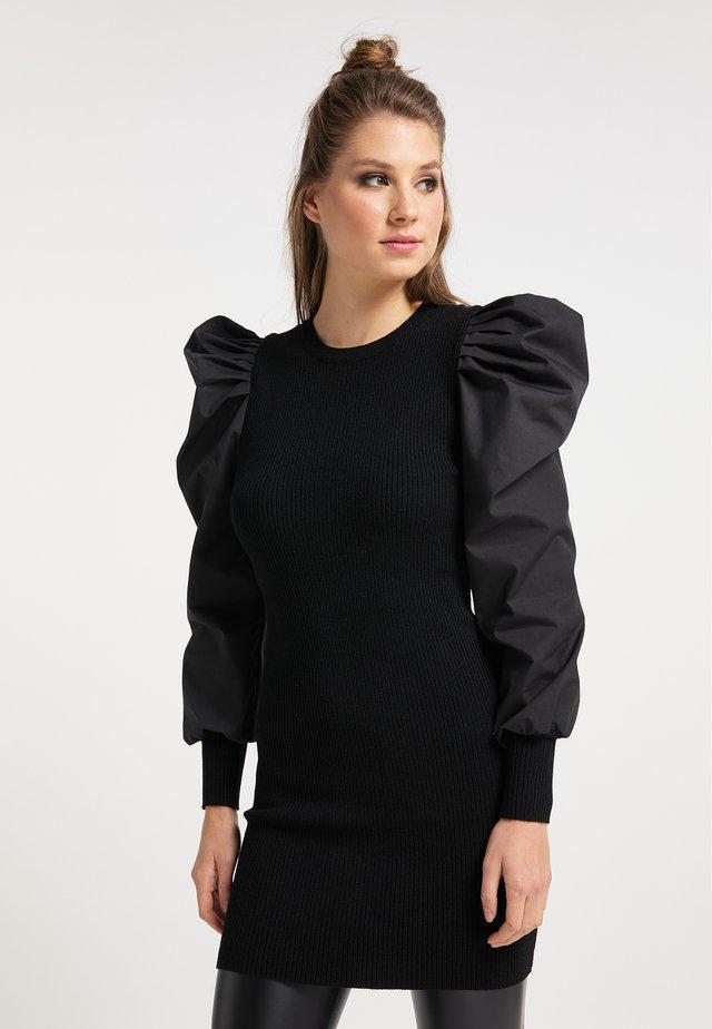 Pletené šaty - schwarz schwarz