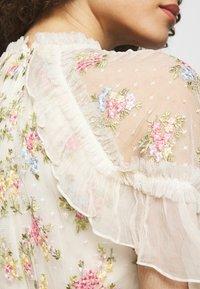 Needle & Thread - EMMA DITSY BODICE ANKLE MAXI DRESS - Společenské šaty - champagne - 4
