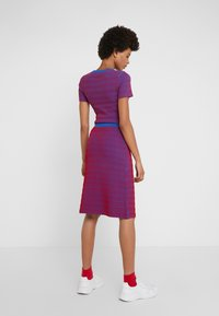 Opening Ceremony - SQUIGGLE SKIRT - A-line skirt - cobalt/cranberry - 2