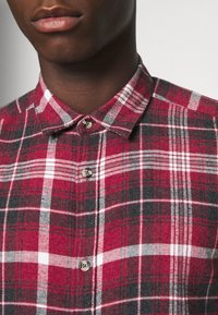 Only & Sons - ONSBOBBY WASHED CHECK - Skjorta - sun dried tomato - 5