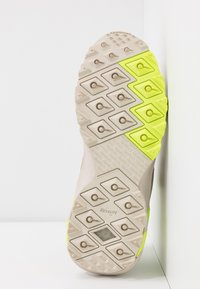 Reebok Classic - AZTREK DOUBLE MIX TRAIL - Zapatillas - stucco/modern beige/panton - 6