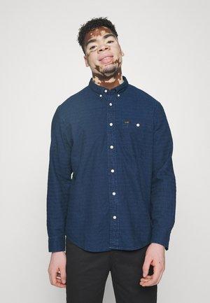 RIVETED - Shirt - indigo