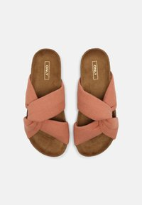 ONLY SHOES - ONLMAXI CROSSOVER - Pantofle - pink - 5