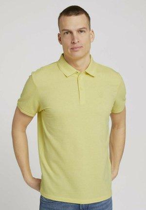 Polo shirt - pale straw yellow