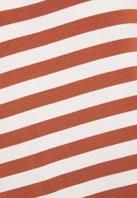 Marc O'Polo DENIM - T-shirt print - multi/cinnamon brown - 2