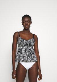 LASCANA - WIRE TANKINI - Bikini top - black/creme - 1