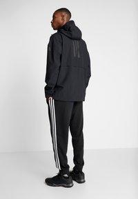 adidas Performance - URBAN RAIN.RDY - Vodotěsná bunda - black - 2