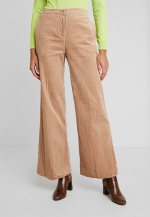 CAREN TROUSERS - Bukse - nougat khaki