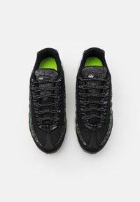 Nike Sportswear - AIR MAX 95 - Baskets basses - black/electric green/smoke grey - 5