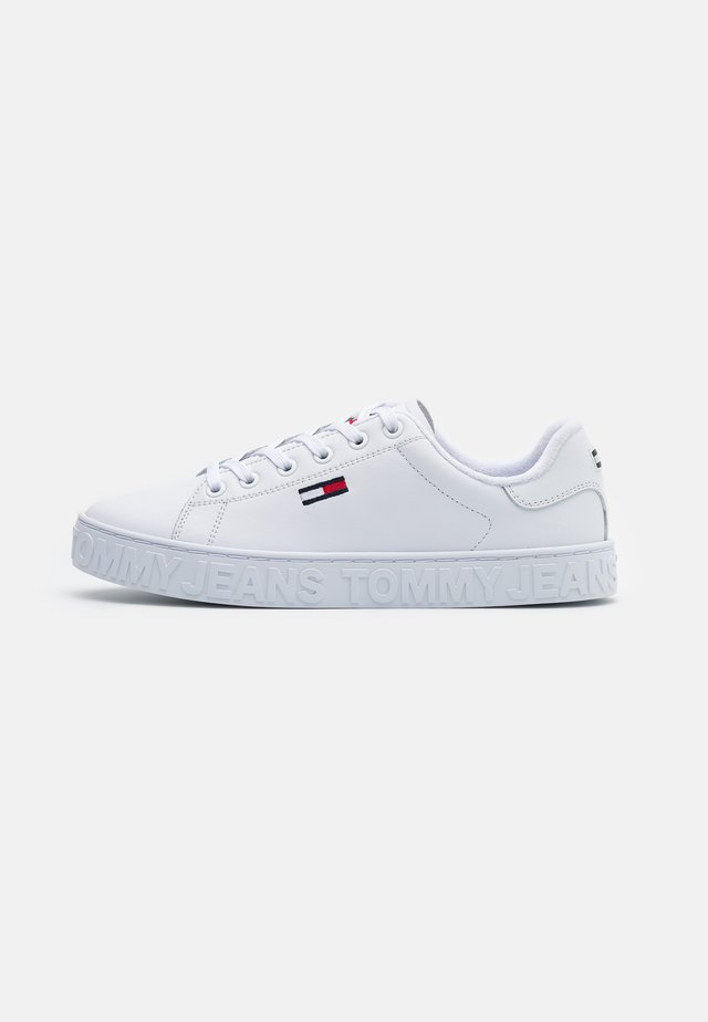COOL CUPSOLE  - Baskets basses - white