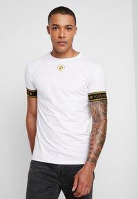Gianni Kavanagh - GOLDEN CIRCLE TEE - Basic T-shirt - white - 0