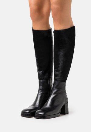 DELLA - Platform boots - black