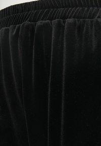Closet - CLOSET CUFF LEG TROUSER - Trousers - black - 2