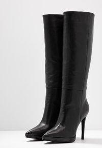Lola Cruz - High heeled boots - black - 4
