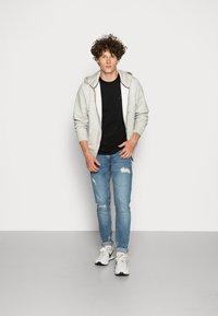 Redefined Rebel - STOCKHOLM DESTROY - Jeans slim fit - soft blue - 1