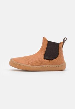 BAREFOOT CHELYS - Classic ankle boots - cognac