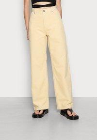 Monki - BEA TROUSERS - Pantalon classique - beige light - 0