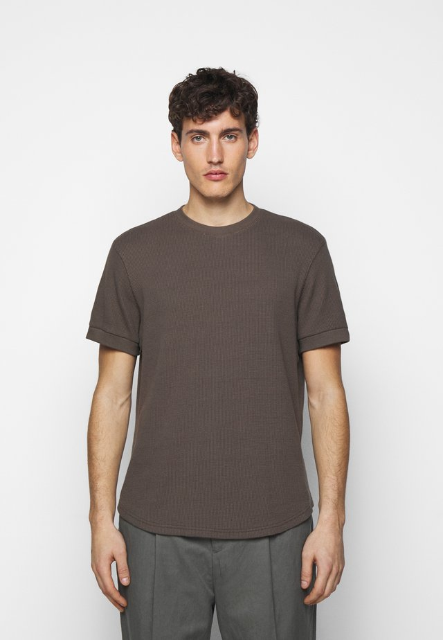 SHORT SLEEVE - T-shirt basique - brown