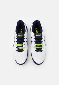 ASICS - GEL RESOLUTION 8 - Multicourt tennis shoes - white/peacoat - 3
