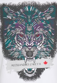 Alessandro Zavetti - SAVAGE WOLF TEE - Triko spotiskem - white - 2
