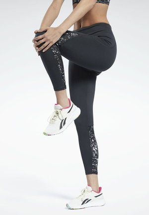 ALL OVER PRINT ESSENTIALS SPEEDWICK REECYCLED - Leggings - black