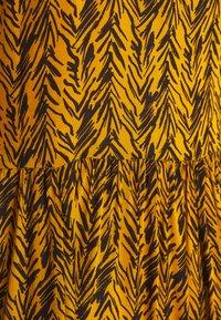 Noisy May Petite - NMBEAGLE CALF DRESS  - Vestido informal - yellow - 2