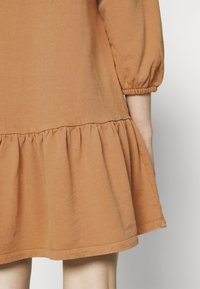 ONLY - Day dress - camel - 4