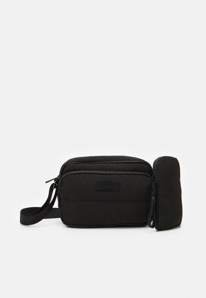 NIQITA SET - Across body bag - black