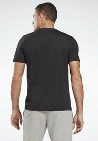 Reebok - VECTOR GRAPHIC SERIES ELEMENTS - T-shirt med print - black - 2
