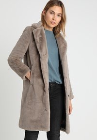 Oakwood - CYBER - Winter coat - dark beige - 0