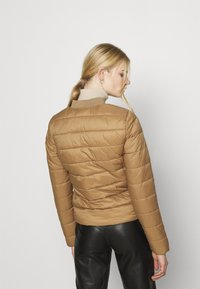 ONLY - ONLSANDIE QUILTED JACKET - Chaqueta de entretiempo - toasted coconut - 2