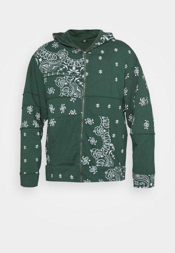 CUT AND SEW BANDANA HOODIE - Zip-up sweatshirt - green