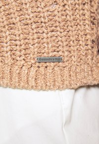 Abercrombie & Fitch - PUFF SLEEVE CARDI - Cardigan - brown - 5