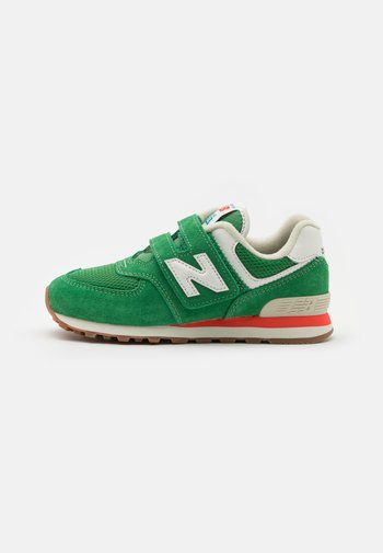 PV574HE2 - Trainers - green