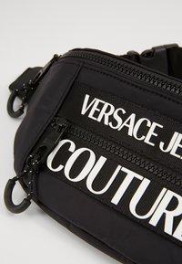 Versace Jeans Couture - Ledvinka - nero - 4