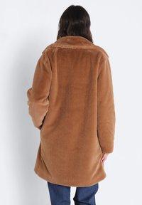 BONOBO Jeans - GERADER - Winter coat - marron clair - 2