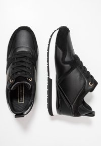 Tommy Hilfiger - WEDGE  - Trainers - black - 3