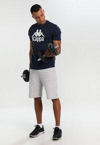 Kappa - CASPAR - T-shirt con stampa - navy - 1