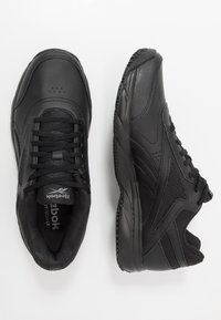 Reebok - WORK N CUSHION 4.0 - Zapatillas para caminar - black/cold grey - 1