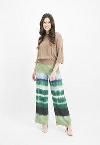 Nicowa - ANELLA - Trousers - green - 0