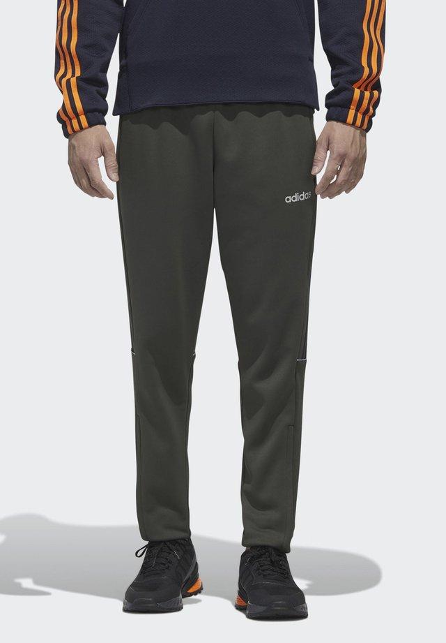INTUITIVE WARMTH SERENO JOGGERS - Pantalon de survêtement - green
