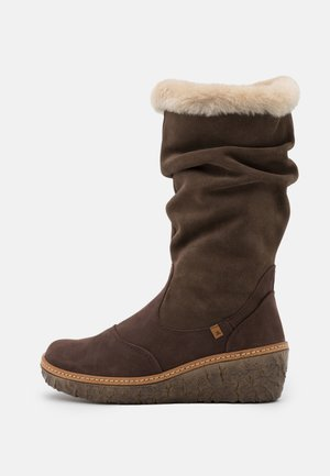 MYTH YGGDRASIL - Wedge boots - pleasant/brown