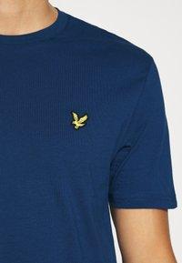 Lyle & Scott - T-shirt - bas - indigo - 5